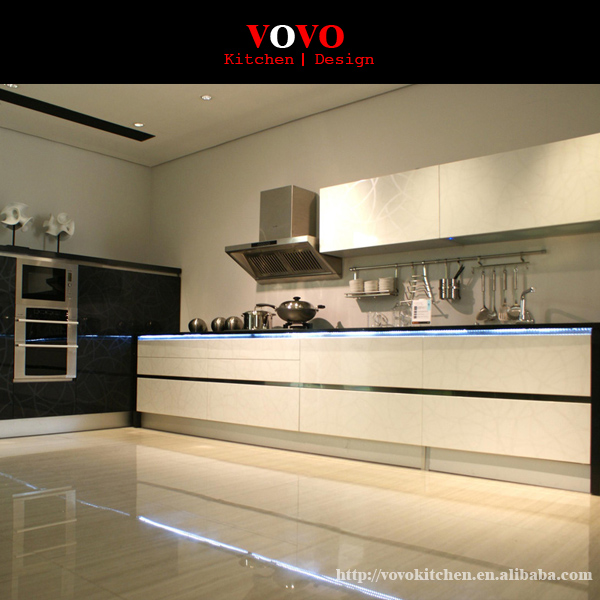White Kitchen Cabinets Quality: High Gloss And Quality Modern White Lacquer Kitchen