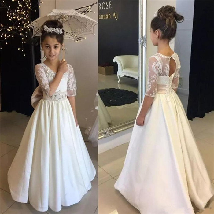 Vintage Long Flower Girl Dresses Ivory White Beaded Floor Length A-Line Half Sleeve First Communion Dress Girl Birthday Gown