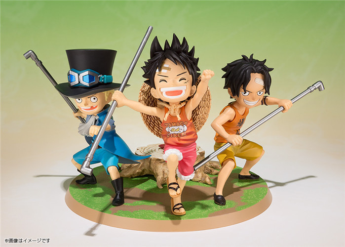 SAINTGI One Piece Japanese Anime Luffy Ace Sabo Onepiece New World Cute Childhood Action Fire Figure Toys Bonecos PVC Model