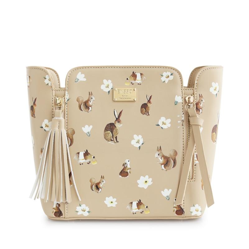 ФОТО New Fashion Rabbit Tassels Squirrel Solid Color Beige Metal Women Bags Prints Floral Flower Mori Vintage Shoulder Messenger Bags