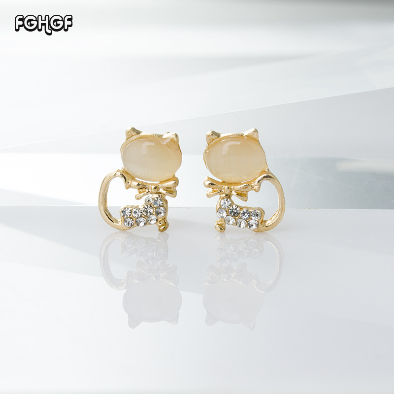 FGHGF European and American hot fashion OL temperament cute cat eyes stone crystal exquisite sweet kitten microphone ear jewelry