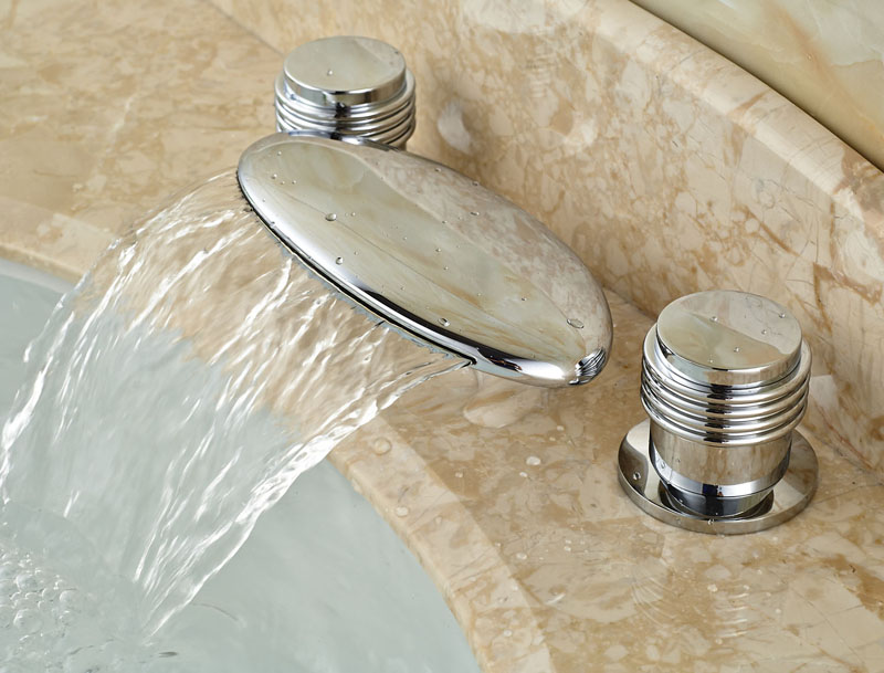 Deck Mounted 3pcs Widspread Waterfall Spout Bathtub Faucet With Daul Handles