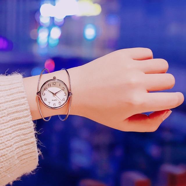 Women's fashion creative bracelet watches elegant female quartz clock 2018 ulzza