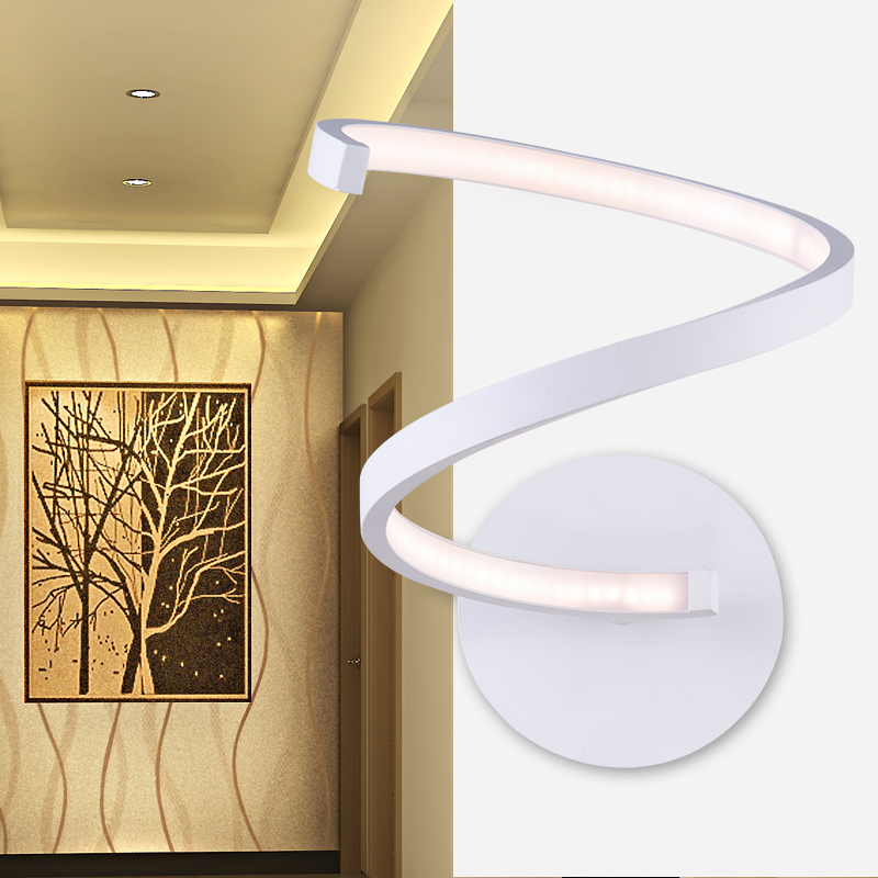 iron wall lamp lighting lamp entrance hallway personality exported to Europe and the United States led courtyard
