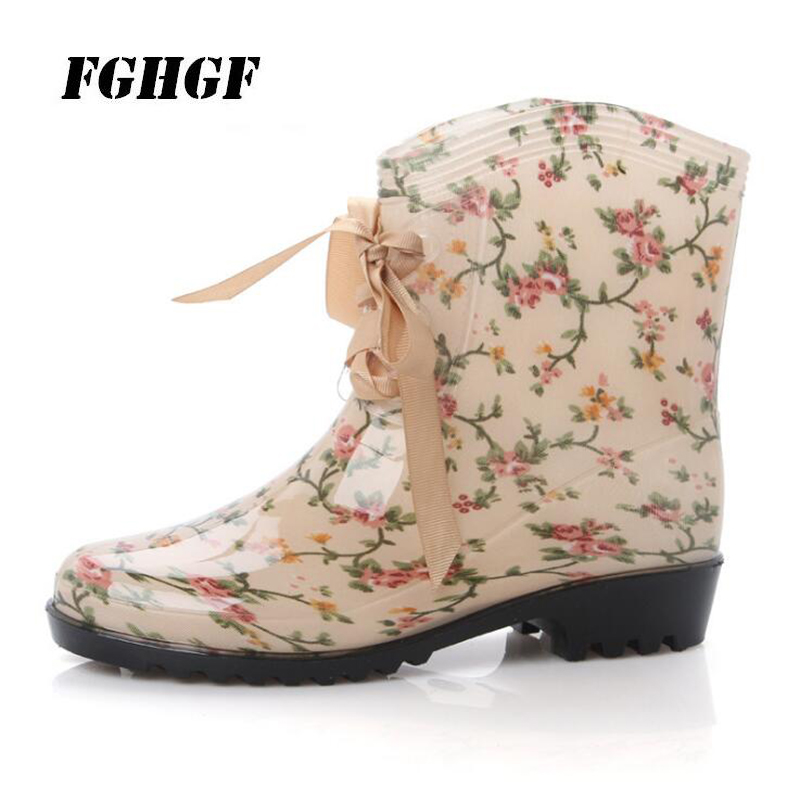 Exempt postage Hot style stylish women's rubber boots bow tie with water boots overshoes anti-skid Cute and casual rain boots цены онлайн