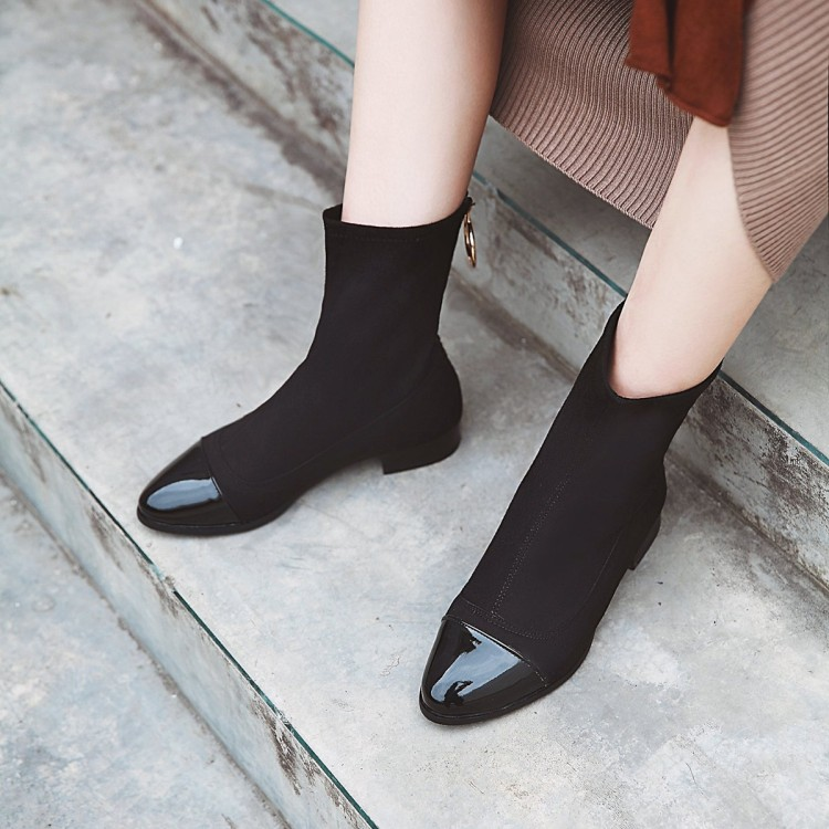 Big Size 11 12 13 14 15 16 17Ladies with low heels, thick and pointed toes, warm matching colour, mid-boot rear zipperBig Size 11 12 13 14 15 16 17Ladies with low heels, thick and pointed toes, warm matching colour, mid-boot rear zipper