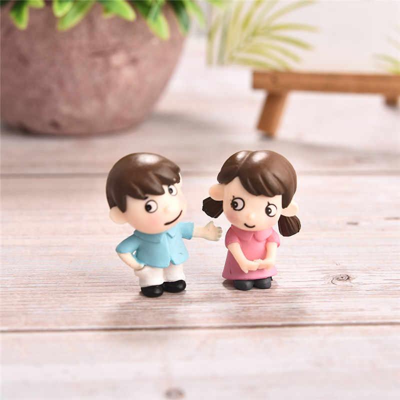 2pcs Little Lovers Couple Figurines Miniatures Fairy Garden Gnome