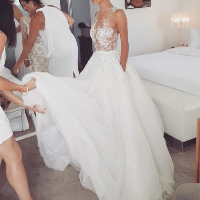 BeryLove Illusion Beach Wedding Dresses 2019 Long Lace Wedding Dress China Sexy  Bridal Dresses Wedding Gowns Robe De Mariee 91aed3795f99