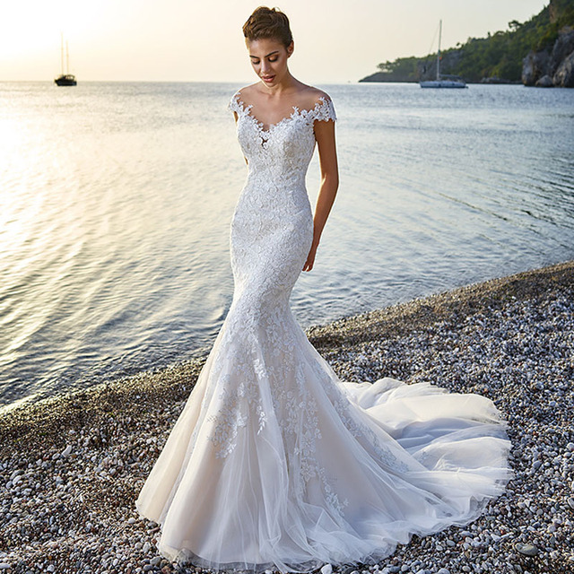 2017 moda de encaje sin espalda sirena vestido de novia con cuello