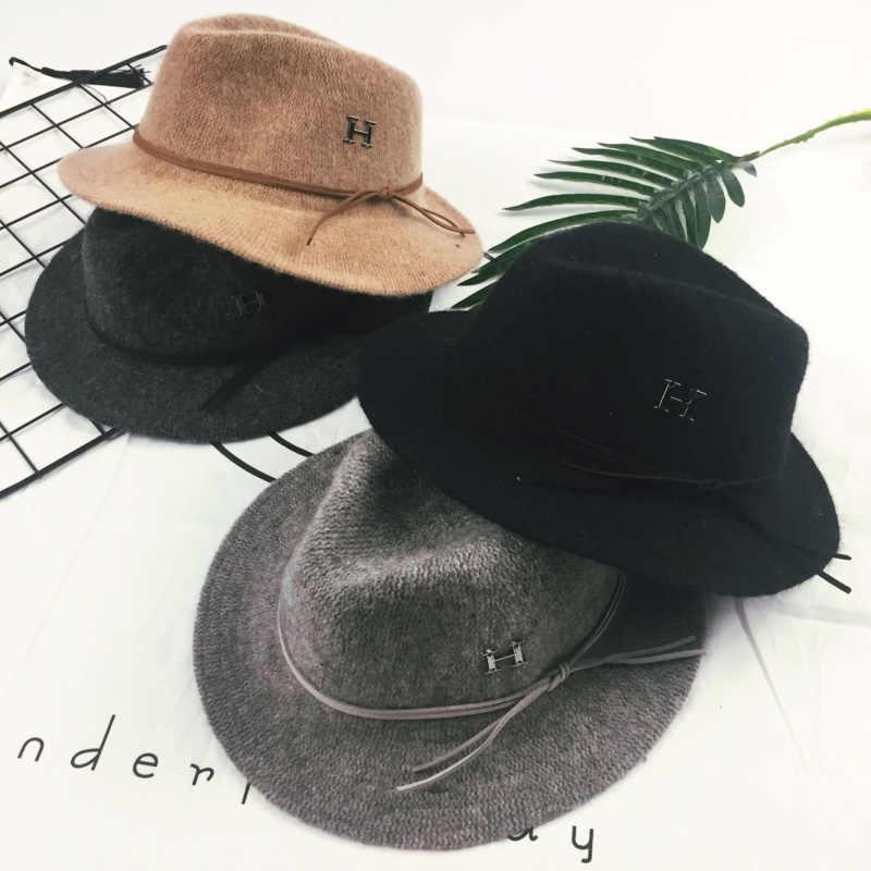 Sombrero elegante de invierno para niños con letras de lana de Jazz Fedora  gorro de invierno 6a5485e2e98