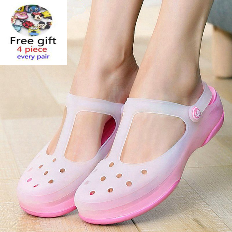 Wome Slip On Sandals Garden Clogs Waterproof Shoes Women Classic Nursing EVA Slippers Hospital Women Work Medical Nurse Girls