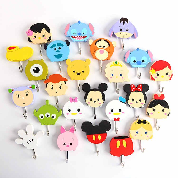 10 pçs/lote Anime figuras de mini brinquedo adesivos Minnie Donald Duck Winnie bonito dos desenhos animados da vara forte ganchos para parede