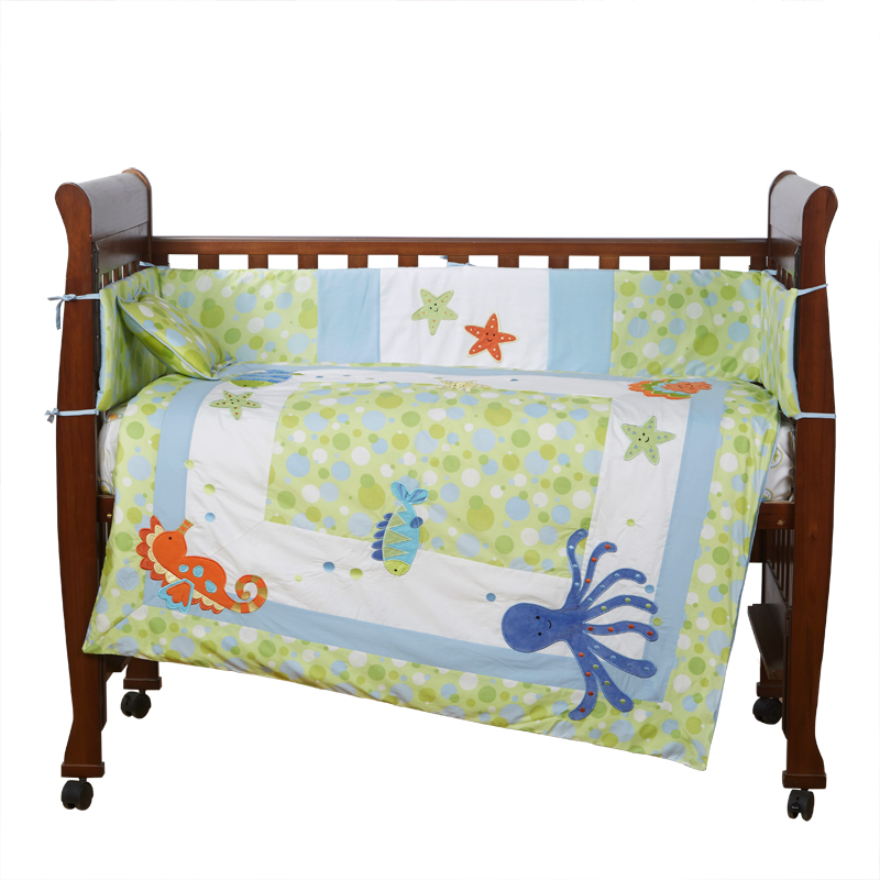 4PCS embroidery baby bedding set baby Quilt Bumper bed cot bedding set bed linen ,include(bumper+duvet+sheet+pillow) 4pcs embroidered baby crib bedding newborn bed set quilt sheet cot bumper include bumper duvet sheet pillow