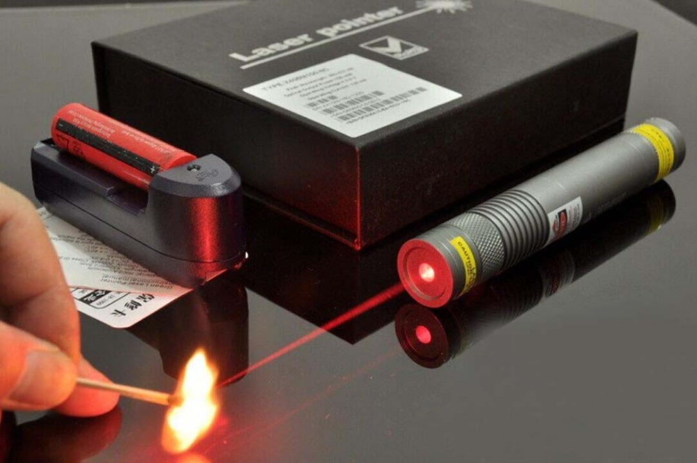 250mW 650nm red laser with laser heads laser glasses battery charger and gift box burn and ignite match and cigarette