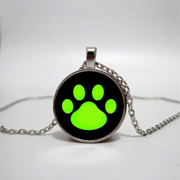 Dog footprints necklace cute pet footprints pendant necklace convex round glass necklace fashion sweater jewelry