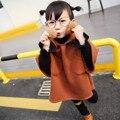Otoño primavera chaqueta con capucha capa de la muchacha niños niñas marrón suelto bolas sólidas del cabo capote del bebé niños outwear la ropa de moda de estilo