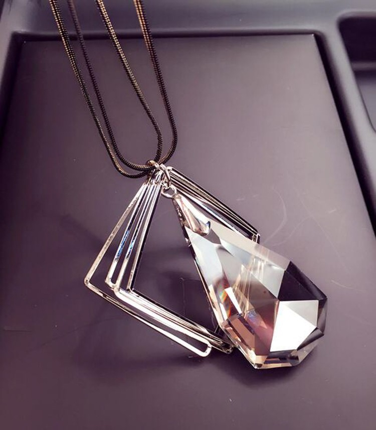 9797562f1c3a Meyfflin Long Necklace Crystal Women Necklace Jewelry 2019 Fashion Black  Chain Drops Maxi Necklaces Pendants Kolye