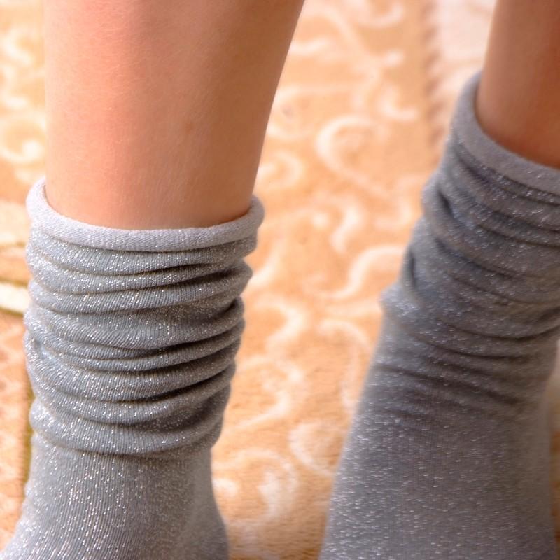 Fashion Long Socks Women Winter Cotton Happy Socks Funny Shiny Loose Glitter Socks Thick Warm Edge Curl Elegant Christmas Socks 17