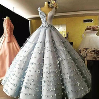 2018 Long Formal Dresses Sleeveless Ball Gowns Plus Size Prom Dresses with Little Flowers Floor Length V Neck Formal Gowns