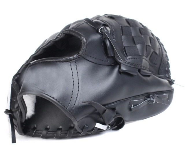 2018 high quality thickening pitcher Baseball glove Softball gloves children juvenile Adult Full payment 1