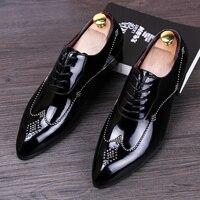 Новинка 2017 года Лакированная кожа Оксфорд обуви для Для мужчин точка Туфли без каблуков Для мужчин платье шипами Ман обувь большой Размеры