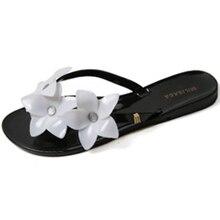 2017 summer season new flip flops Camellia flat with cool slippers, ladies's seaside sneakers, ladies flip flops Jelly sneakers