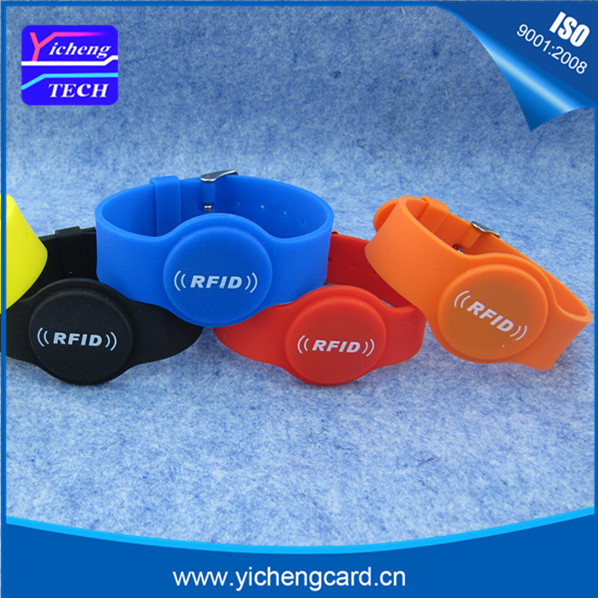 New arrival 100pcs 13.56MHz RFID Silicone Wristband ISO14443A Bracelet Waterproof NFC MF 4K S70 Card for Access Control