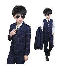 купить 2019 New Boy Flower Girl Dress Three-piece Suit(coat+vest+pants) Boy Suit Formal Suits Child Boy Fashion Wedding Baby Boy Suits по цене 1850.38 рублей