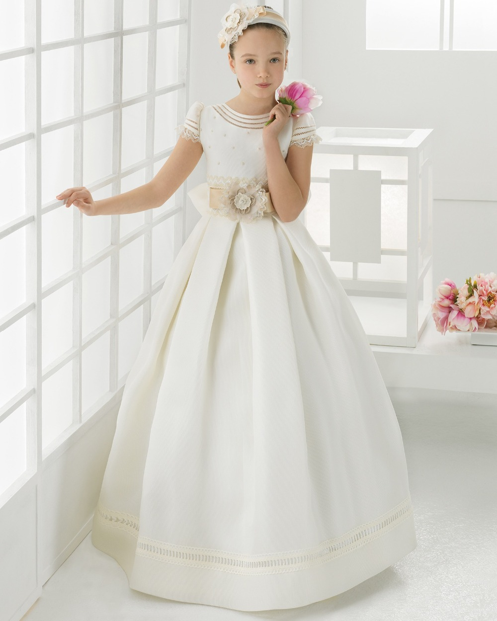 girls pageant dresses 2019 Newest first communion dresses for girls Satin Ball Gown Lace Cheap Flower