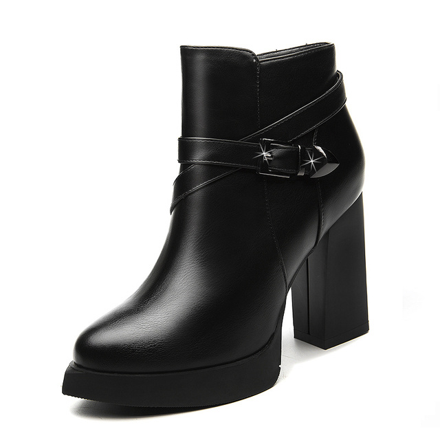Neue Mode Gutes Design Frauen Stiefel Kuh Leder Zwei-Riemen Starke Ferse Kurze Damen Casual Schuhe Tropfen Einkaufen