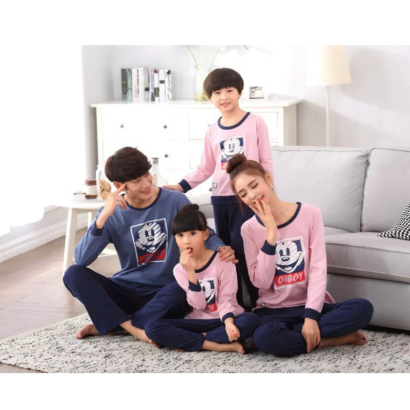 Family Minnie&Mickey Pajamas Family Matching Clothes Matching Mother Doughter Flannel Clothes Father Son Mom Family Look Sets mother daughter clothes sets family matching pajamas sets mom girls short sleeve tops shorts 2pcs sleepwear family look suits