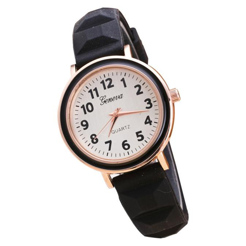 New Fashion Women Round Dial Silicone Band Quartz Analog Wrist Watch relogio feminino free shipping gift hot new fashion quartz watch women gift rainbow design leather band analog alloy quartz wrist watch clock relogio feminino