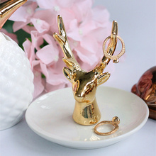 Good quality ivory white ceramic plate gold antlers/deer head ring jewelry holder jewelry shelves home Decoration недорого