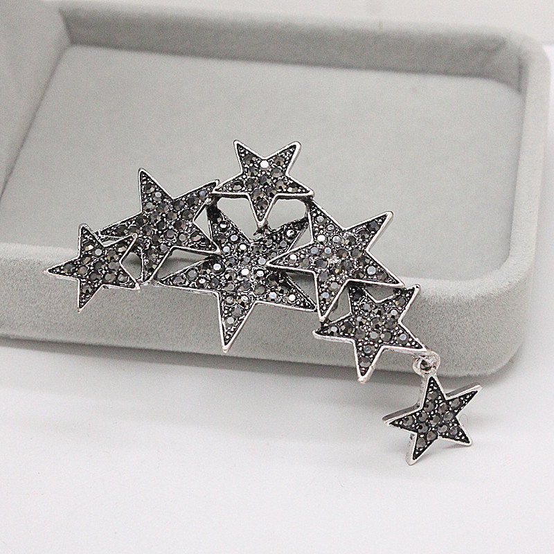 Luxury Star Brooches for Women 2018 High Quality Full Rhinestone Brooch Pin for Women Clothes Brooches Accessories Gifts rhinestone christmas santa tree star brooches