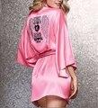 2016 New Sexy Mulheres Secretas Rosa Roupão Macio Deslizamento De Seda Vestes de cetim para Festa de Pijama Quente Feminino Diamante Vestido de Noite mostrar