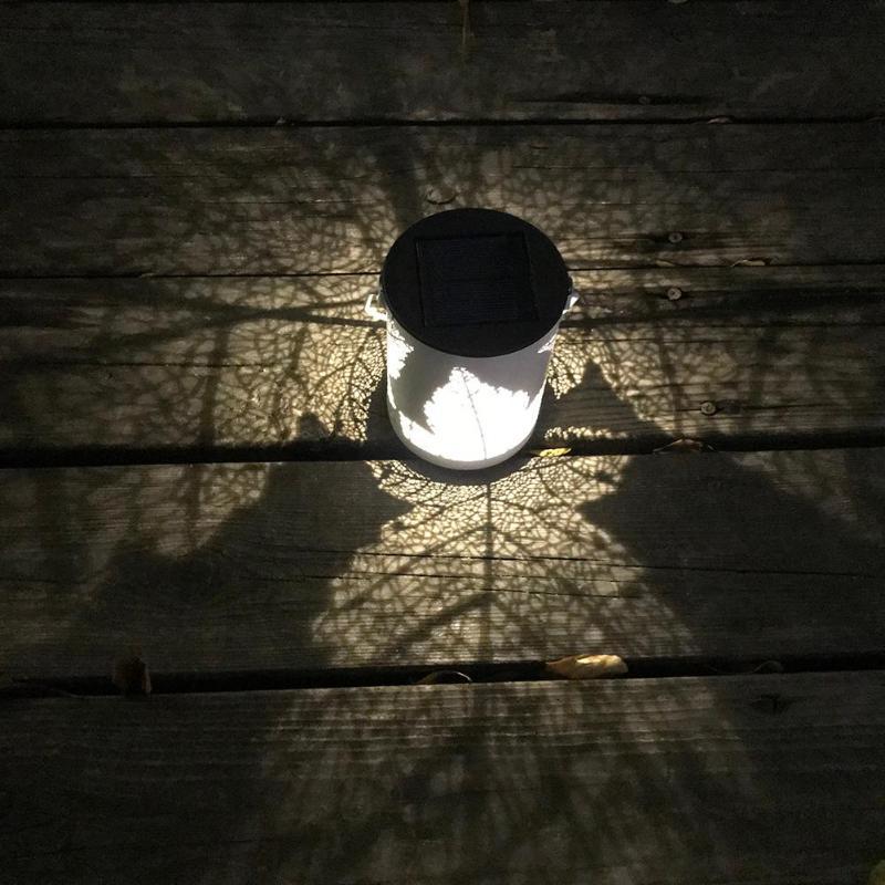 Открытый украшения сада солнечной лампы Белый освещения кленовый лист шаблон Солнечный висит светодиодный свет двор украшения лампа