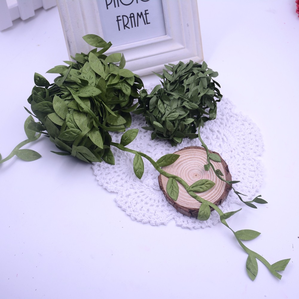 Gvine Wreath Diy With Bowdabra Deco Mesh Bow Blog