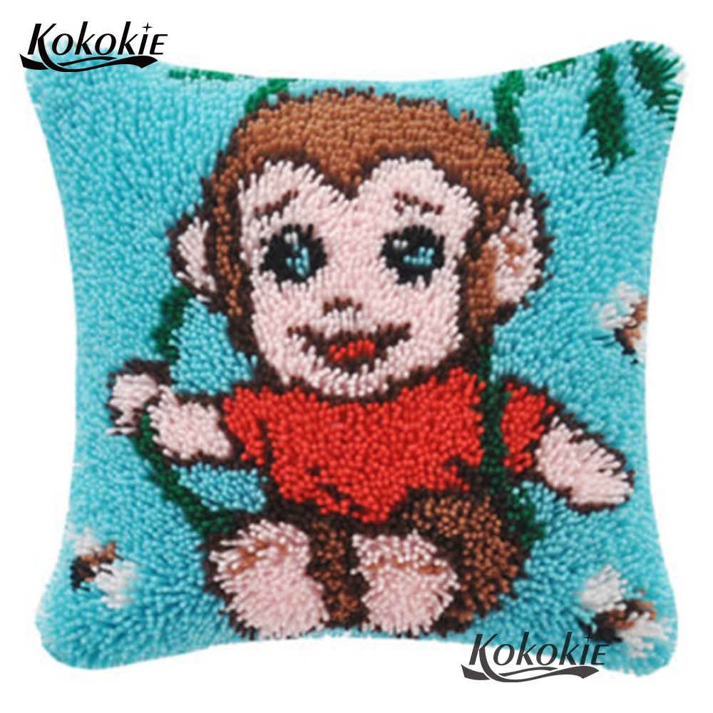 Latch Hook Rug Pillow Animals Counted