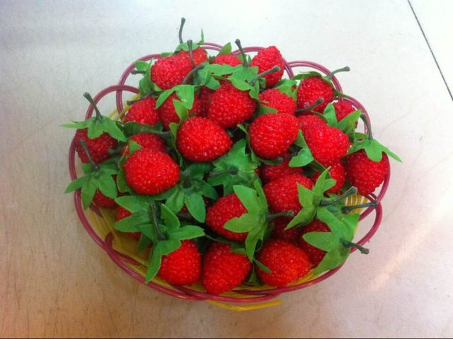 100pcs artificial flowers decoration silk natural flowers scrapbook fake strawberry artificial fruit kitchen decor hh16076 - Strawberry Kitchen Decoration