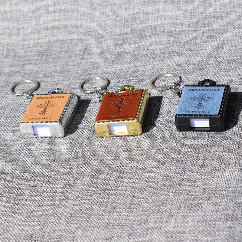 ... New Mini Bible Keychain Spanish Font Holy Bible Book Religious Christian  Jesus Key Chain Prayer God ... a26a2a26d712