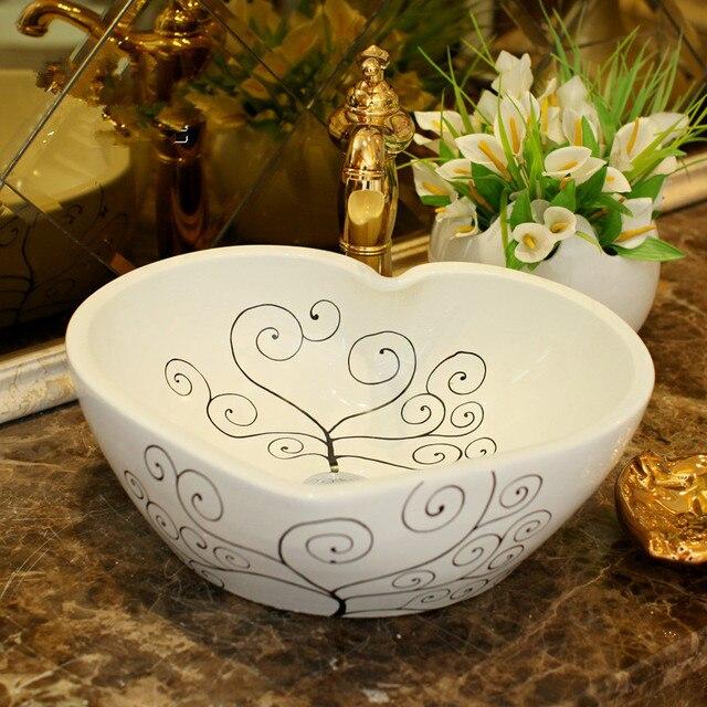 China Artistic Painting Handmade Ceramic Washing Basin Bathroom Wash Basin  Sink Counter Top Handmade Vessel Sinks