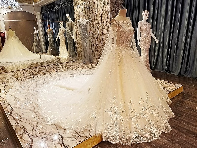 Aliexpress.com : Buy Backlake Luxury Ball Gown Lace A Line