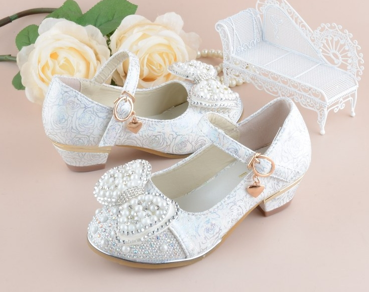 2019 New Kids Shoes For Girl Princess School Shoes For Party And Wedding Flower Children Leather Shoes Fashion High Heel Shoe
