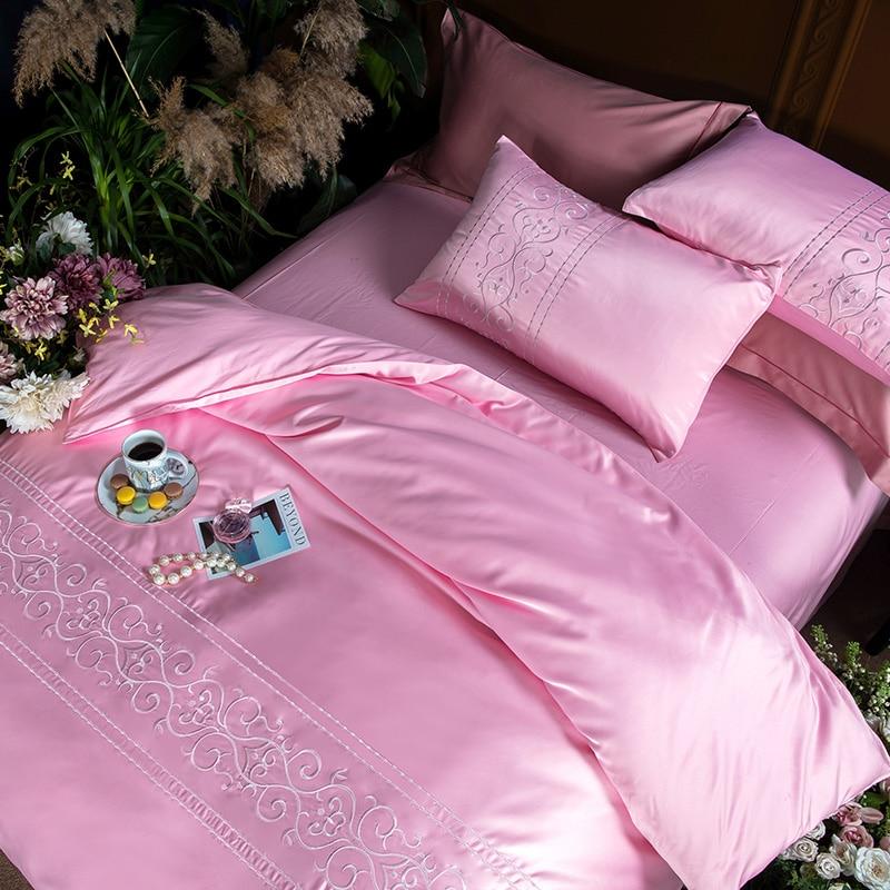 (3)  White silver cotton imitate silk luxurious Bedding Set queen king measurement mattress set Bedsheets linen Europe embroidery Quilt cowl set HTB1ZzEygOCYBuNkSnaVq6AMsVXa9