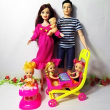 Nye 6 personer Educational Real Gravid Doll Mor Far Kelly / 1 Baby Son Carriage Girls Leker Beste gave lykkelig familie for barbie dukke