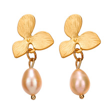 Luxury Gold Flower Earrings With Pearl Wedding Statement Earings Hanging Jewelry Baroque Fashion 2019