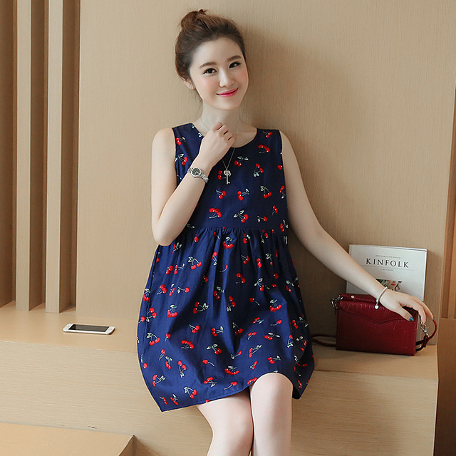 8b01d353e60 2017 Korean Style Maternity Summer New Fashion Back V Neck Cherry Pregnant  Women Dress for Lactating Mothers Clothes YFQ013