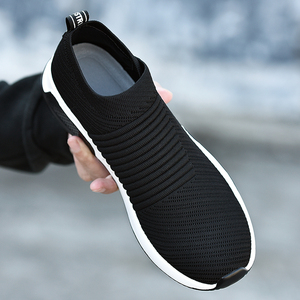 Image 2 - 2019 קיץ שחור סניקרס לטוס Weave נעלי גברים להחליק על לנשימה Tenis למבוגרים מקרית מאמני Krasovki Chaussure Homme Kadin Ayakkabı