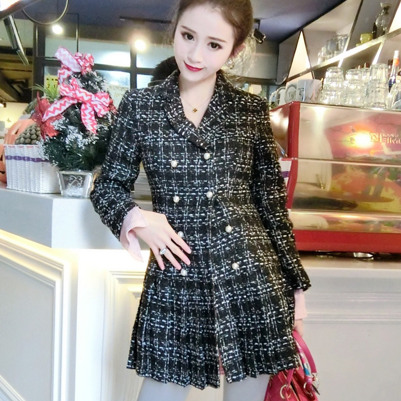 Autumn and winter Korean version of the new ladies small fragrance double breasted Slim mini section was thin woolen dress