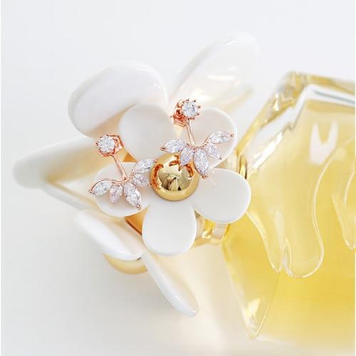 Pendientes coreanos de oro con pasador de cristal para mujer